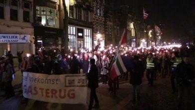 De fakkeltocht in Groningen, 7 februari 2016