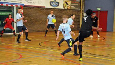 Futsal Winsum onder druk gezet