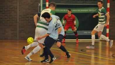 Futsal Winsum onder druk
