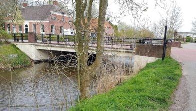 De brug in Warfhuizen