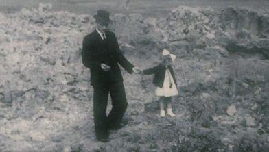 Tinallinge 17 december 1941, de dag na een bominslag
