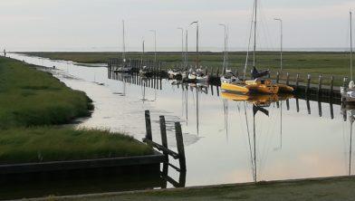 Drukte in de kleinste zeehaven van Nederland
