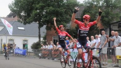 Björn Bakker pakte eerder al de overwinning in Usquert.