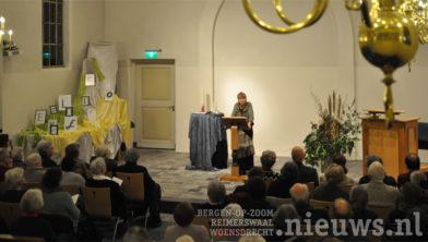 Filosofe Dr. Miriam van Reijen  in de Protestantse Kerk in Ossendrecht