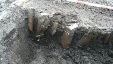 Een beeld van de opgraving in Krommenie.