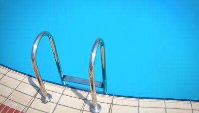 Wordt een bezoek aan het zwembad bijvoorbeeld straks duurder?