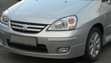 Welke kleur de betreffende Suzuki Liana heeft meldde de politie niet.