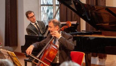 Cellist Csaba Erdös en pianist Wouter Harbers.