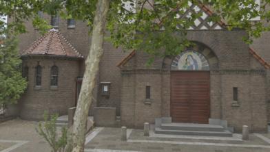 In Wormerveer staan de Onze Lieve Vrouw Geboorte Kerk en pastorie te koop.