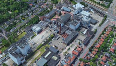 Het fabriekscomplex in Koog aan de Zaan.