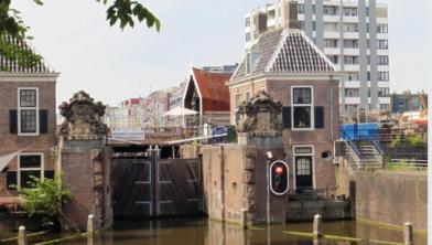 De historische Groote Sluis in Zaandam.