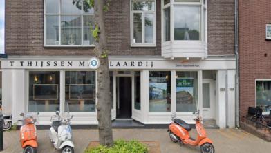 De twee bedrijven zijn gevestigd aan de Westzijde in Zaandam.