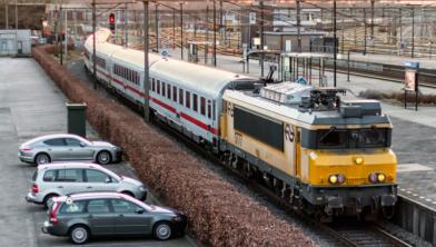 De nachttrein NS 1777  naar München en Zürich, eind maart 2016.