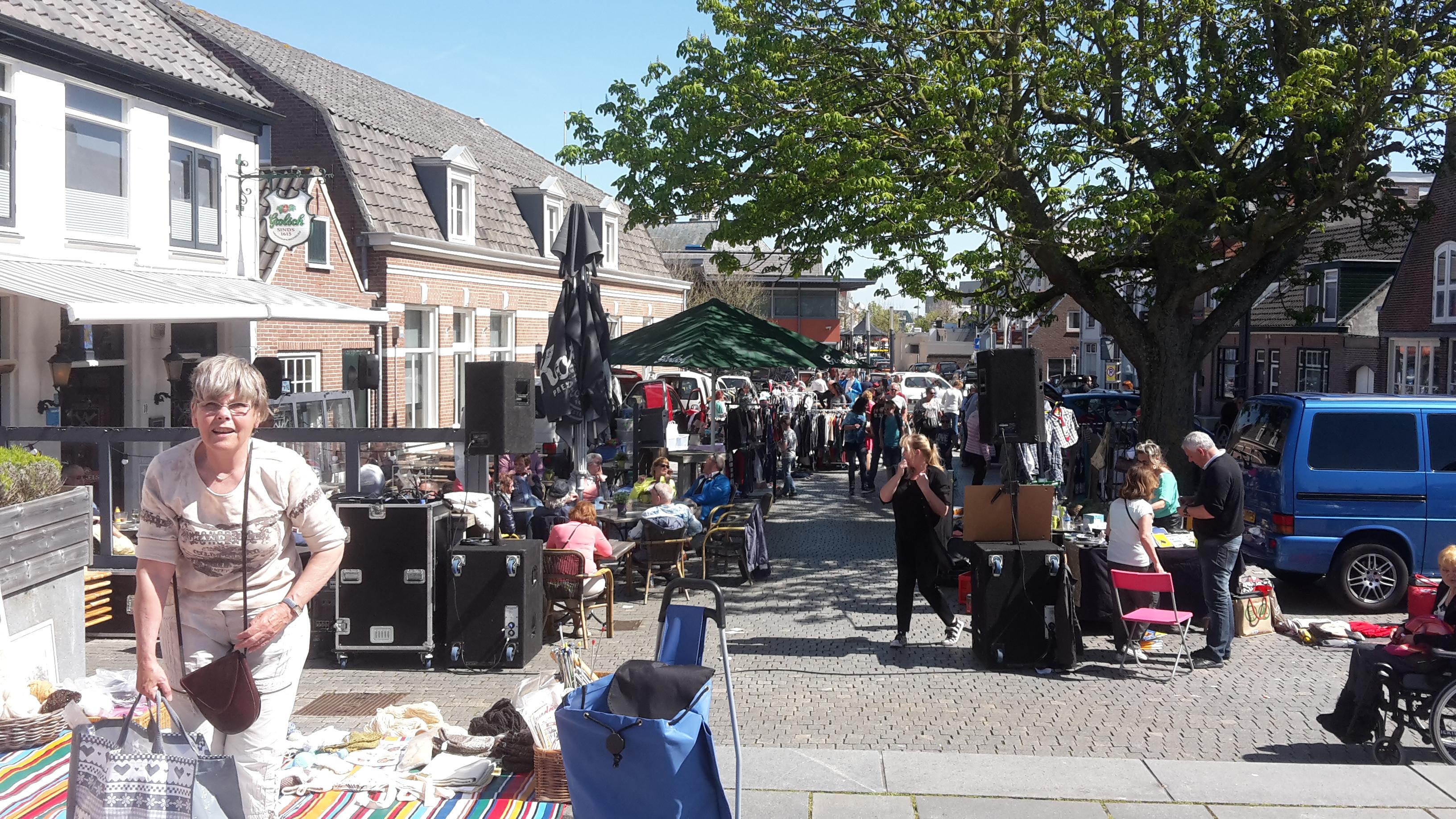 Jutterskofferbakmarkt Is Herkansing Voor Vrijmarkt Zandvoort