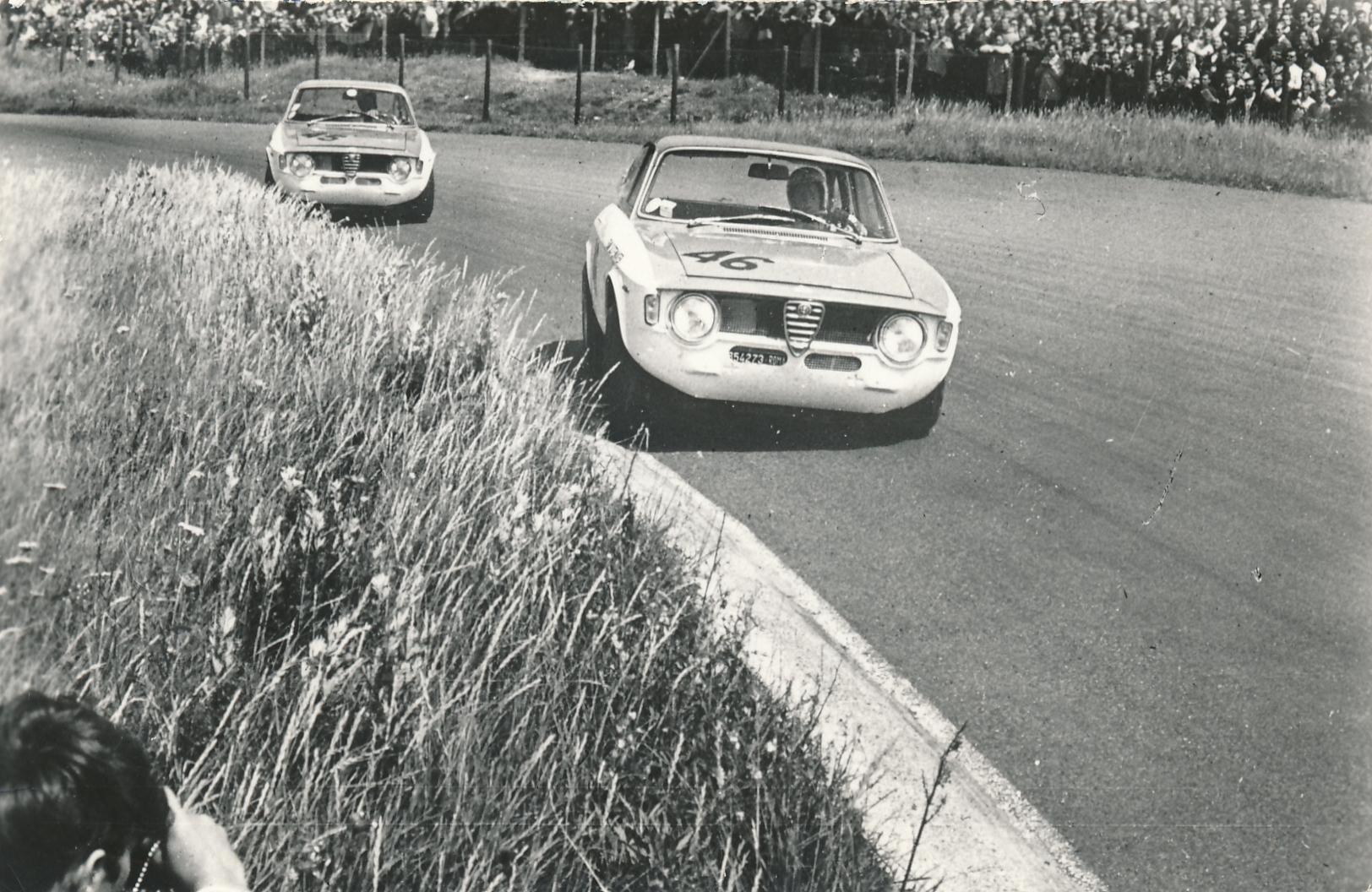 Biografie Over Vroeg Verongelukte Zandvoortse Autocoureur