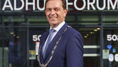Burgemeester Michel Bezuijen
