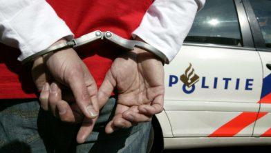 Politie houdt een verdachte aan
