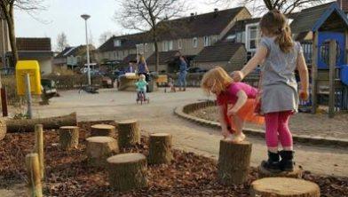 De buurt knapt speeltuin in Aa-landen op