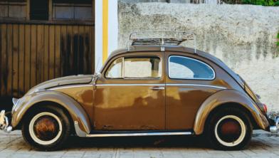 Opletten bij APK oudere auto's