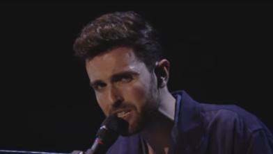 Duncan Laurence tijdens het Eurovisie Songfestival