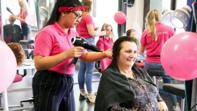 (ex-)kankerpatiënten worden verwend tijdens deViva la Landstede-dag