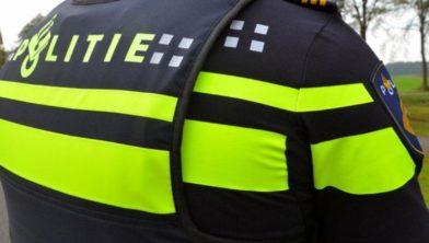 Politie onderzoekt schietpartij en uitgebrande auto. Mogelijk is er een verband