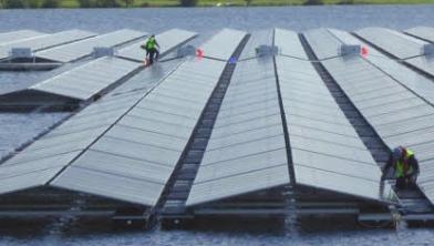 Het Zonnepark in de Sekdoornse plas wordt geopend