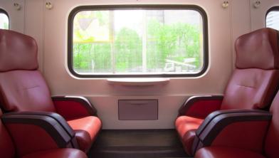 Lege treinen rijden momenteel omdat veel mensen thuis werken
