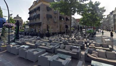 De terrassen mogen weer open op 1 juni om 12.00 uur