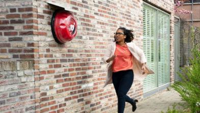 Zwolle geeft subsidie voor meer AED's in de stad