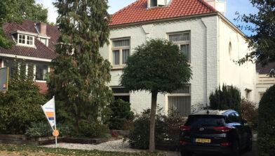 De woningprijzen rijzen in Zwolle de pan uit en het aanbod is heel krap