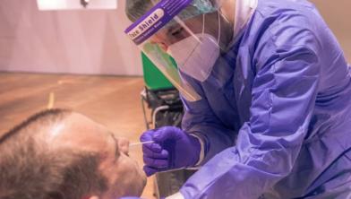 Vanaf vandaag zit Nederland boven één miljoen positieve coronatesten