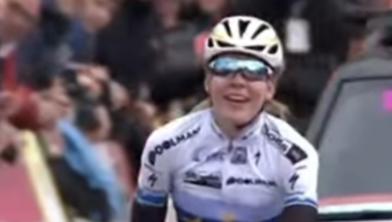 Anna van der Breggen zegeviert in de Amstel Goldrace van 2017