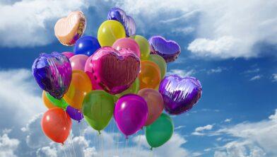 Is het oplaten van ballonnen nog wel van deze tijd?