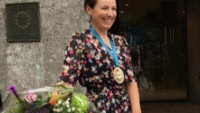 Fietsburgmeester Marijn de Vries is trots op haar twee stadsgenoten