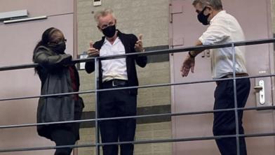 Justitieminister Anne Richardson bekijkt het Nederlandse gevangenissysteem