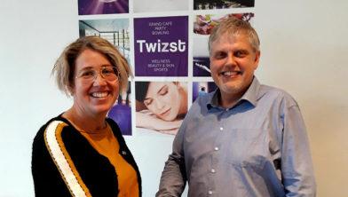 Brechje Buxtorff (manager dagbesteding Amerpoort) en Klaas Meester (eigenaar Twizst).