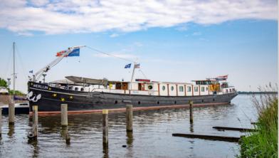 Hotelboot in Huizen