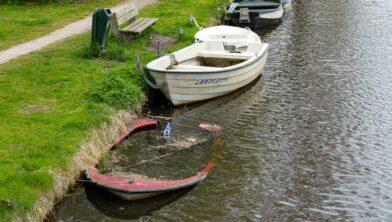 Ook 2 boten die verkeerd liggen!!