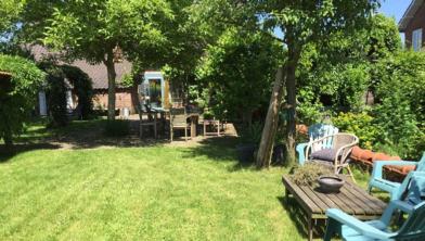 Een van de locaties is de mooie tuin aan de Molenstraat 29.