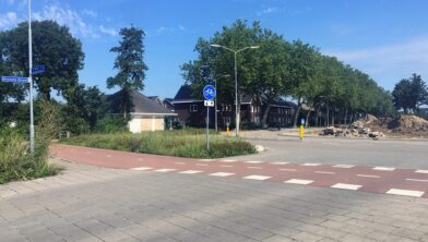 Kruising Houtduiflaan/Burgemeester van Suchtelenstraat