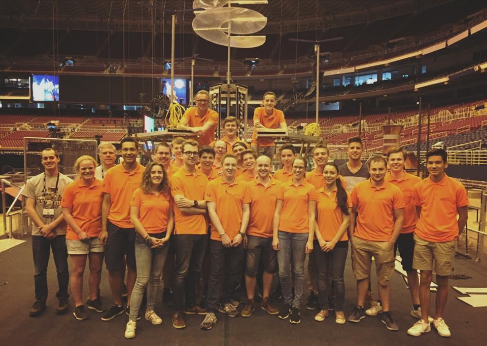Team Rembrandts met hun robot weer naar de Verenigde Staten - Meierijstad