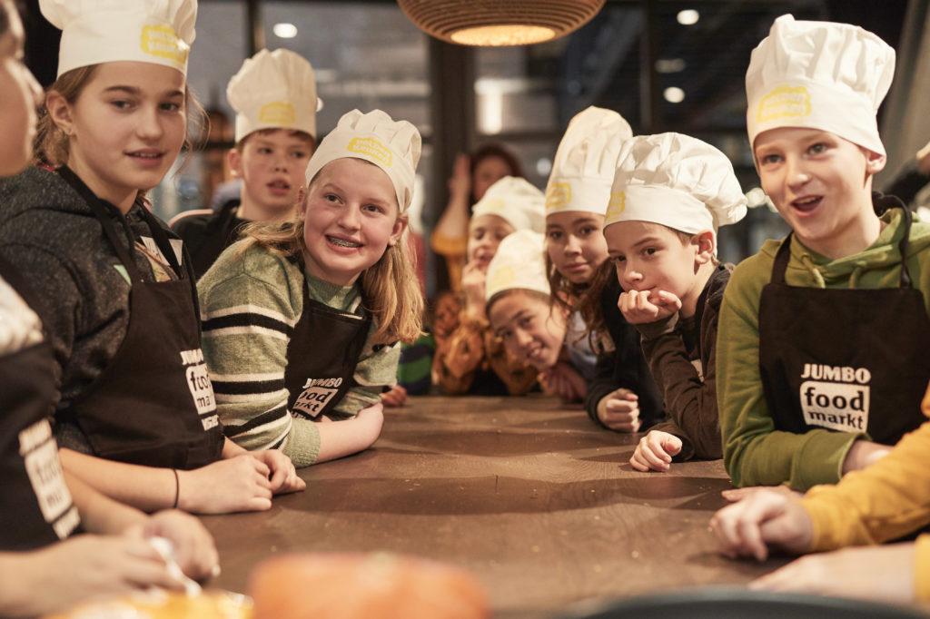 Jumbo Zet Helden In Om Kinderen Spelenderwijs Te Leren Koken