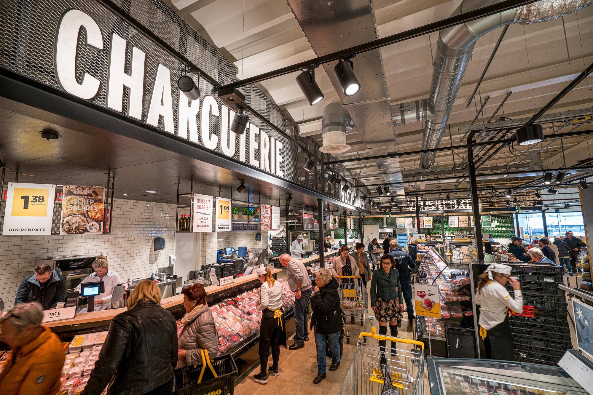 03-Eerste-Jumbo-supermarkt-in-Belgie-feestelijk-geopend