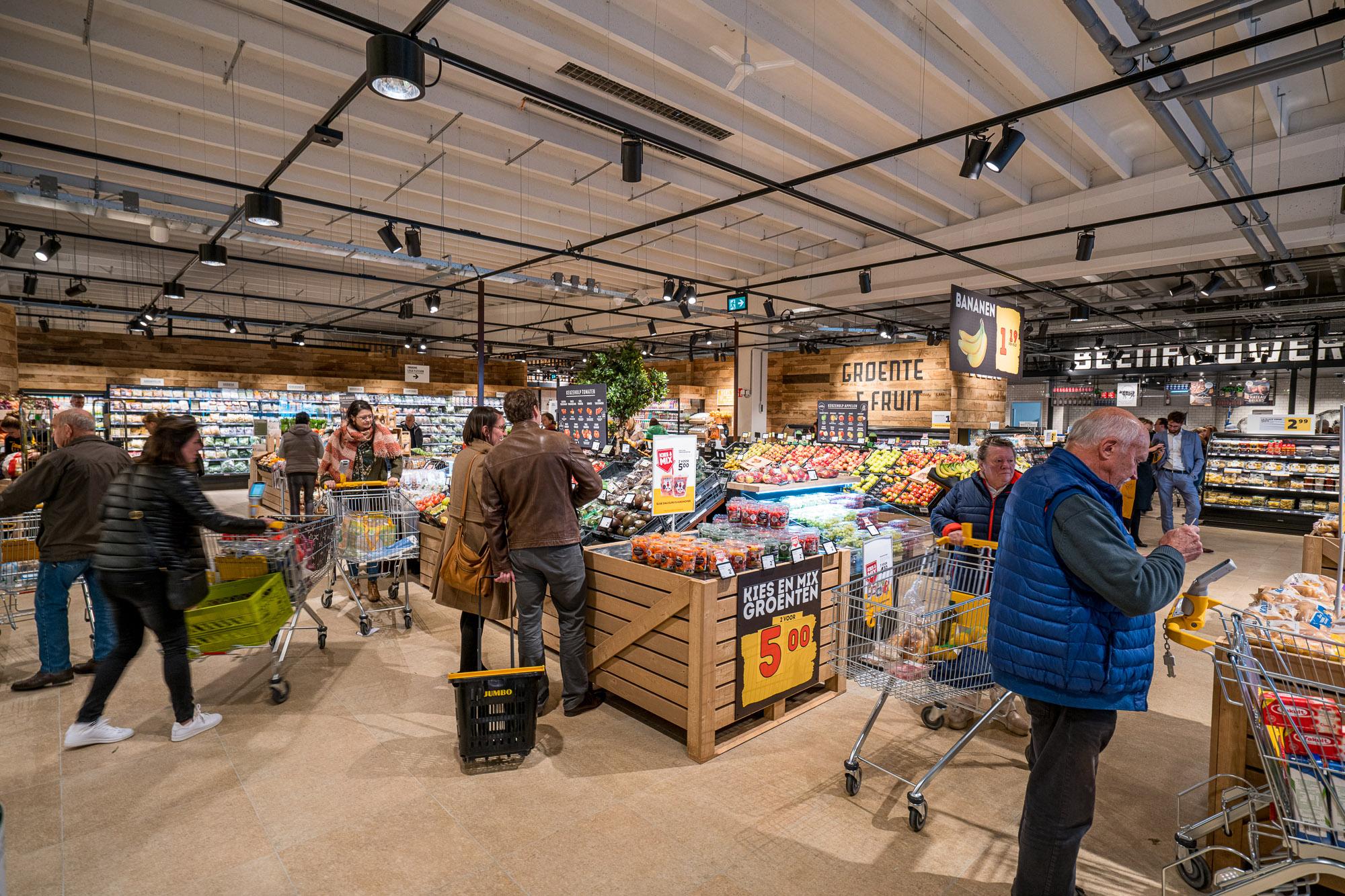 04-Eerste-Jumbo-supermarkt-in-Belgie-feestelijk-geopend