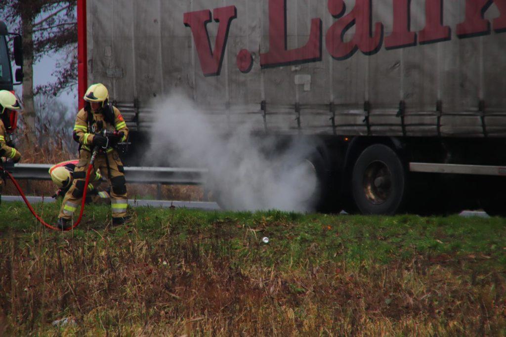 23-12-2019 Vrachtwagenbrand N279 01