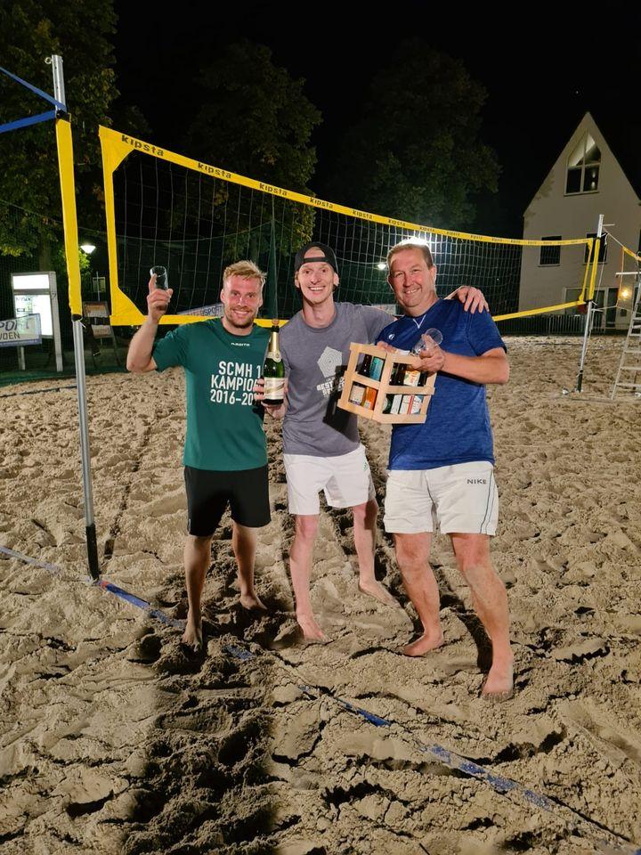 11-09-2020 Winnaar Beachvoetvolley De Gekko's - team voetvolleyboys