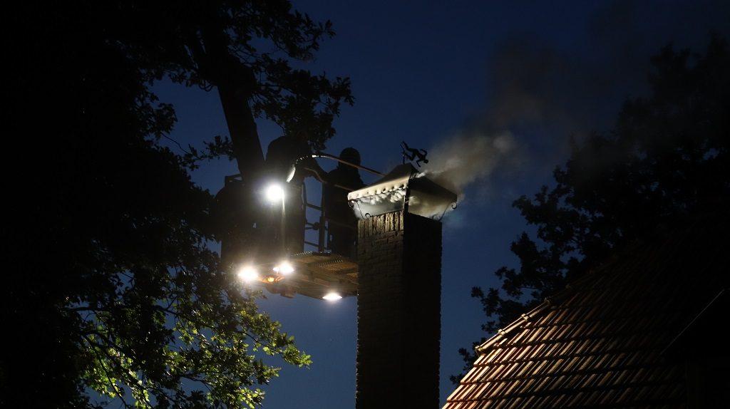 06-10-2020 Schoorsteenbrand Schijndel 03