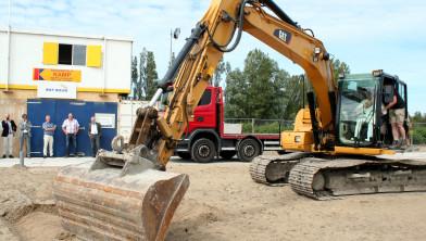 Wethouder Van Weel geeft startsein bouwwerkzaamheden