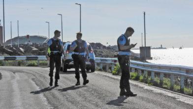 Politieonderzoek bij vangrail aan Seinpostweg